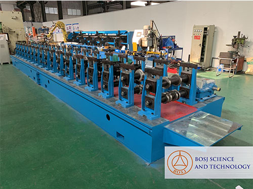 stud-roll-forming-machine