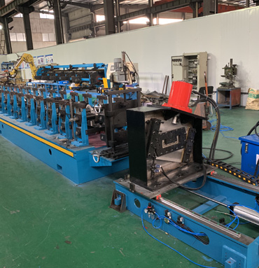 Galvanized Steel Bottom Plate Of Stereo Garage C Purlin Roll Forming Machine