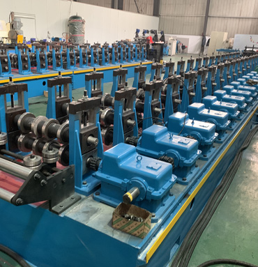 Galvanized Steel Vineyard Post C Purlin Roll Forming Machine